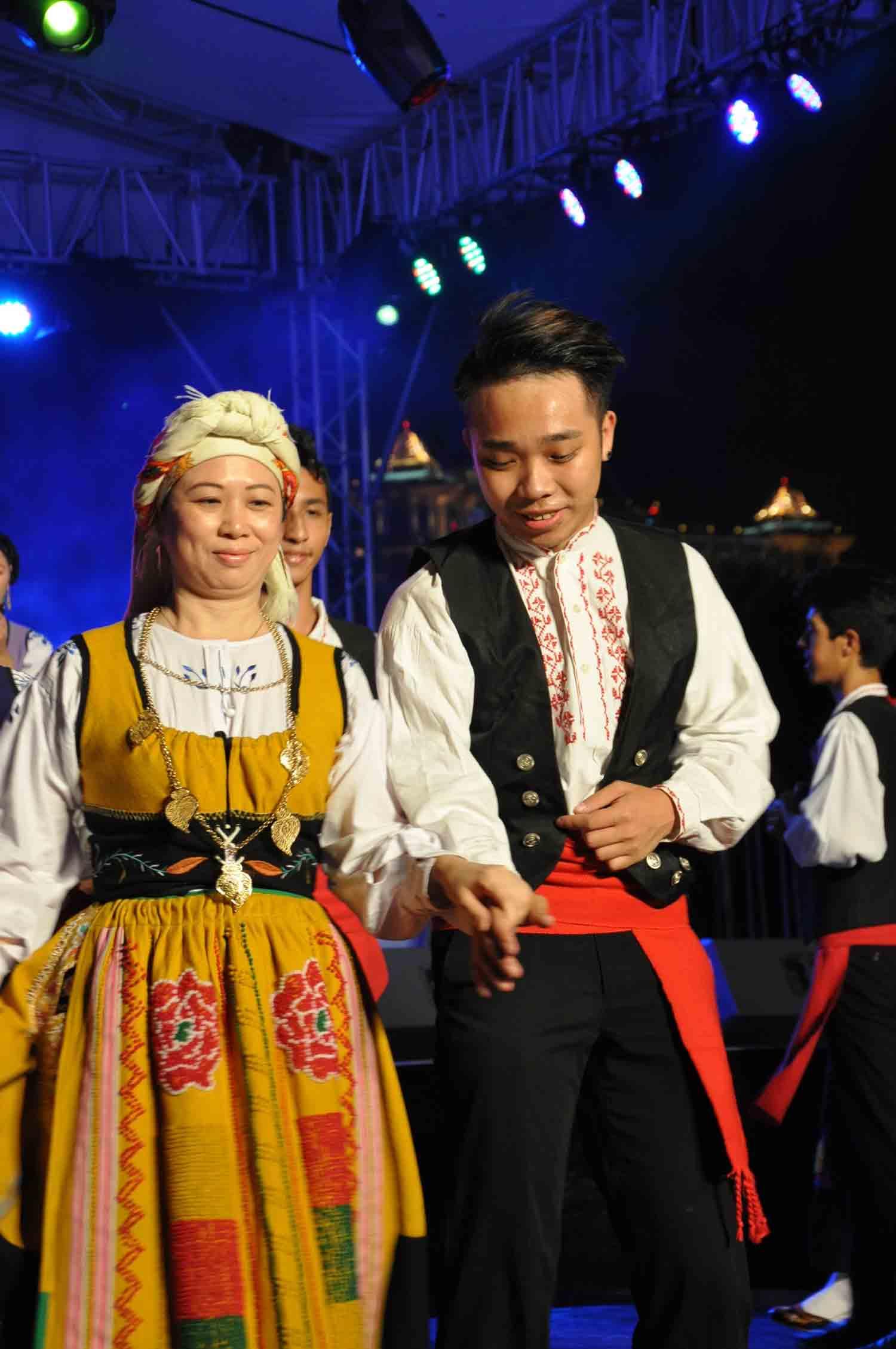 Macau Lusofonia Festival traditional Portuguese dancers