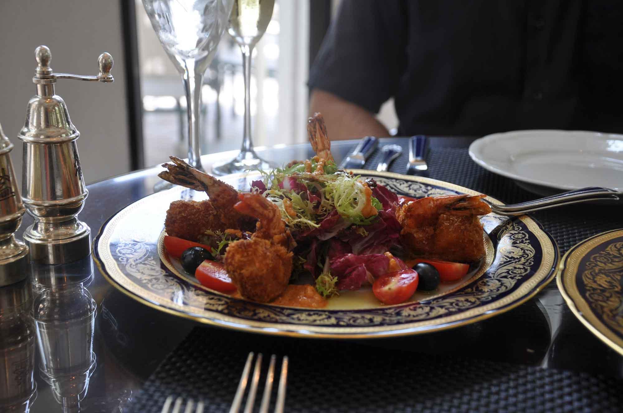 La Paloma Macau seafood appetizer