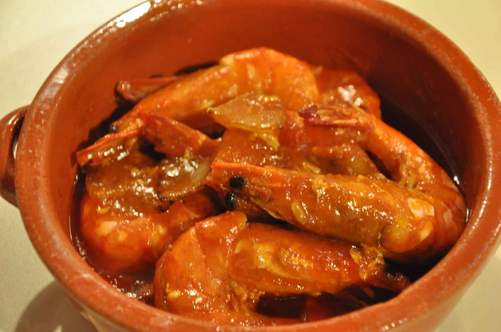 Belos Tempos Macau spicy prawns in tomato