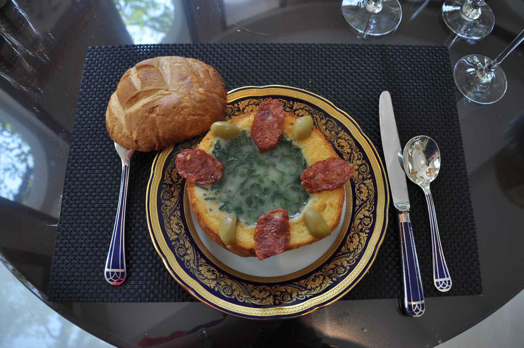La Paloma Macau caldo verde soup