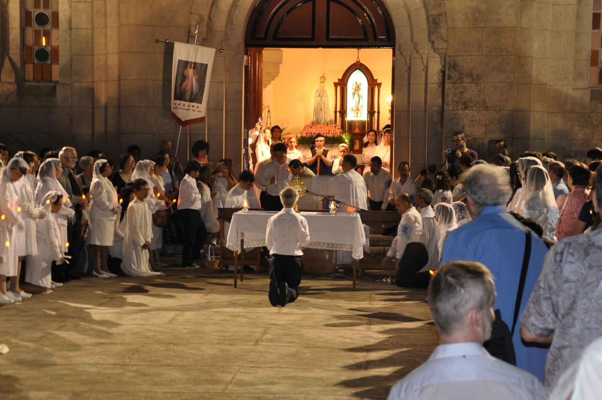 Macau's Our Lady of Fatima Procession service at Penha Church
