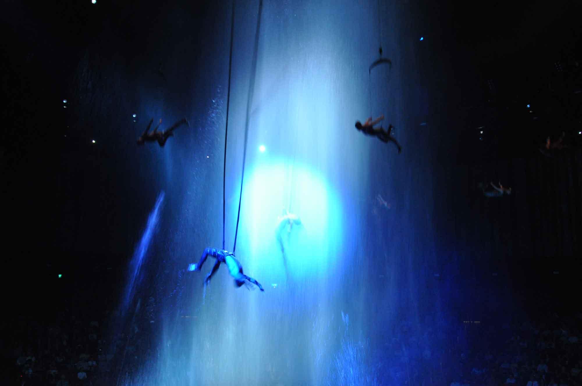 House of Dancing Water Macau rafter diving