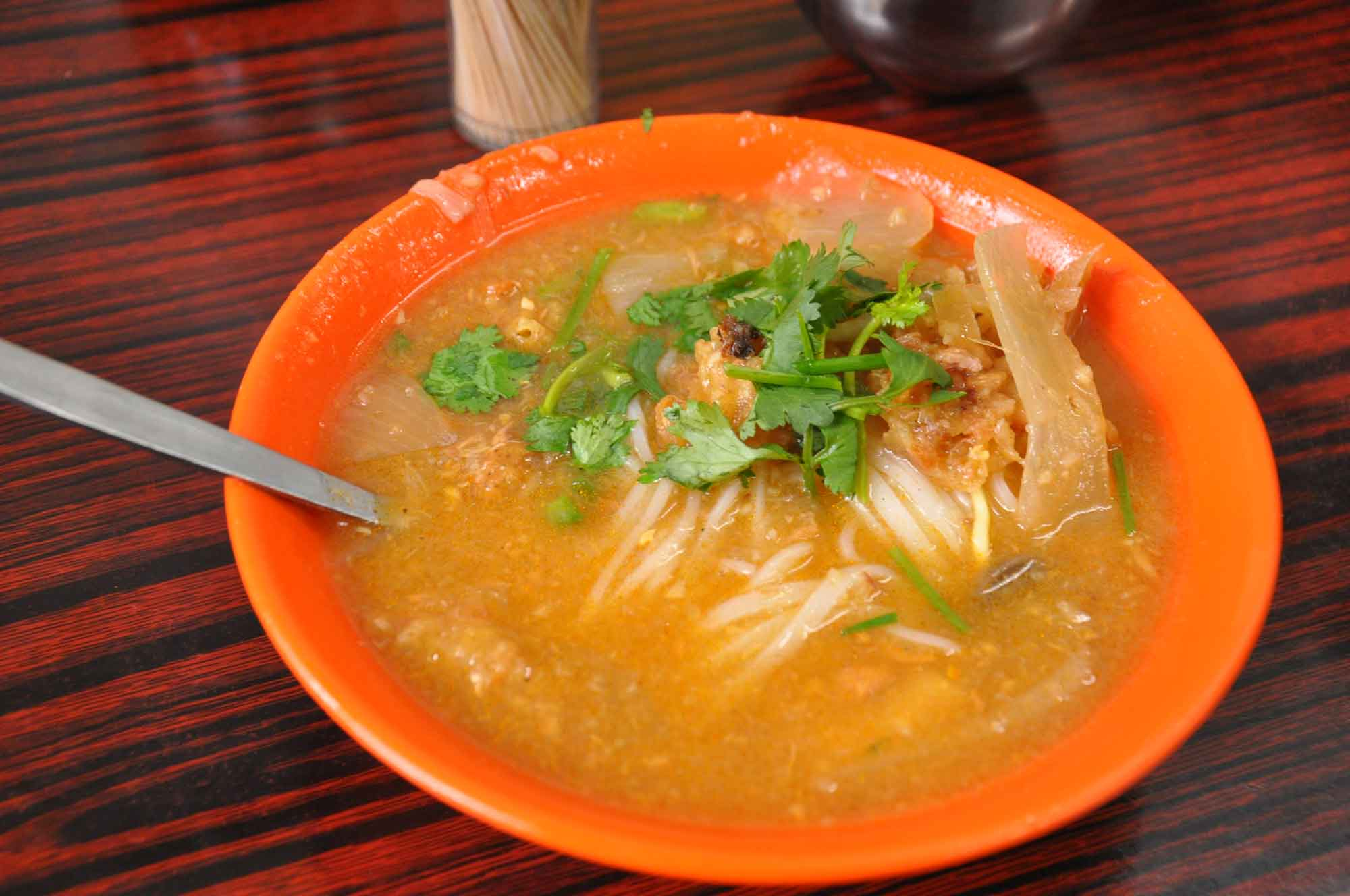 Seng Kuan fish soup with flat noodles