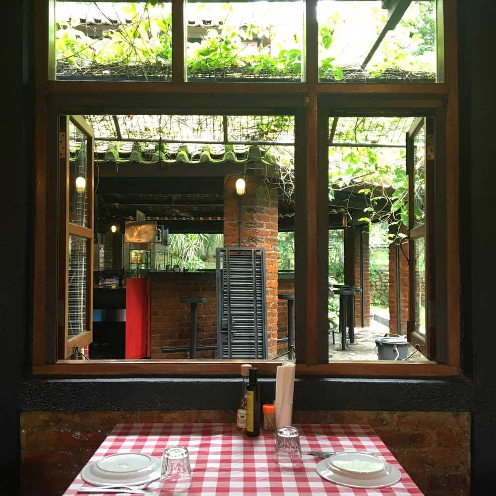 Fernando Macau window and table