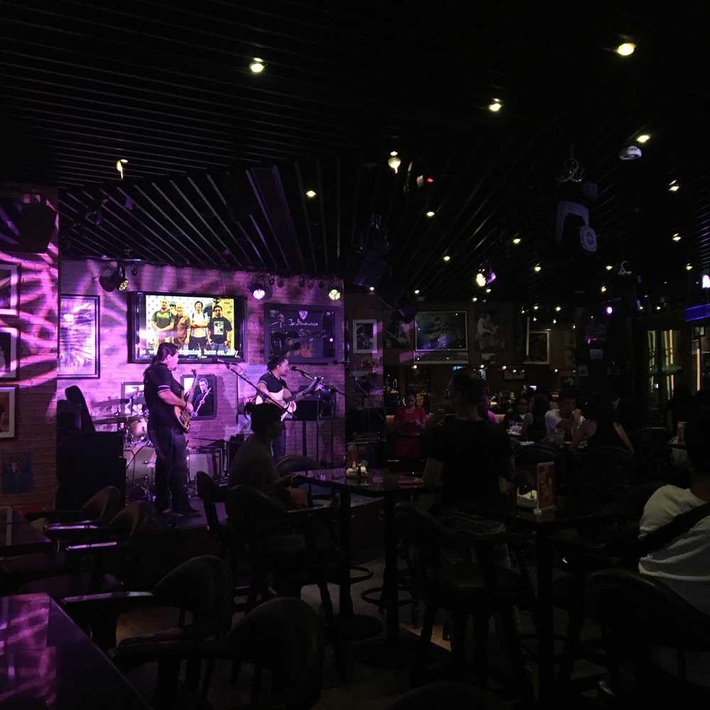 Roadhouse Bar at Broadway Macau