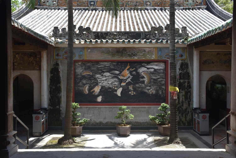 Kun Iam Temple wall art