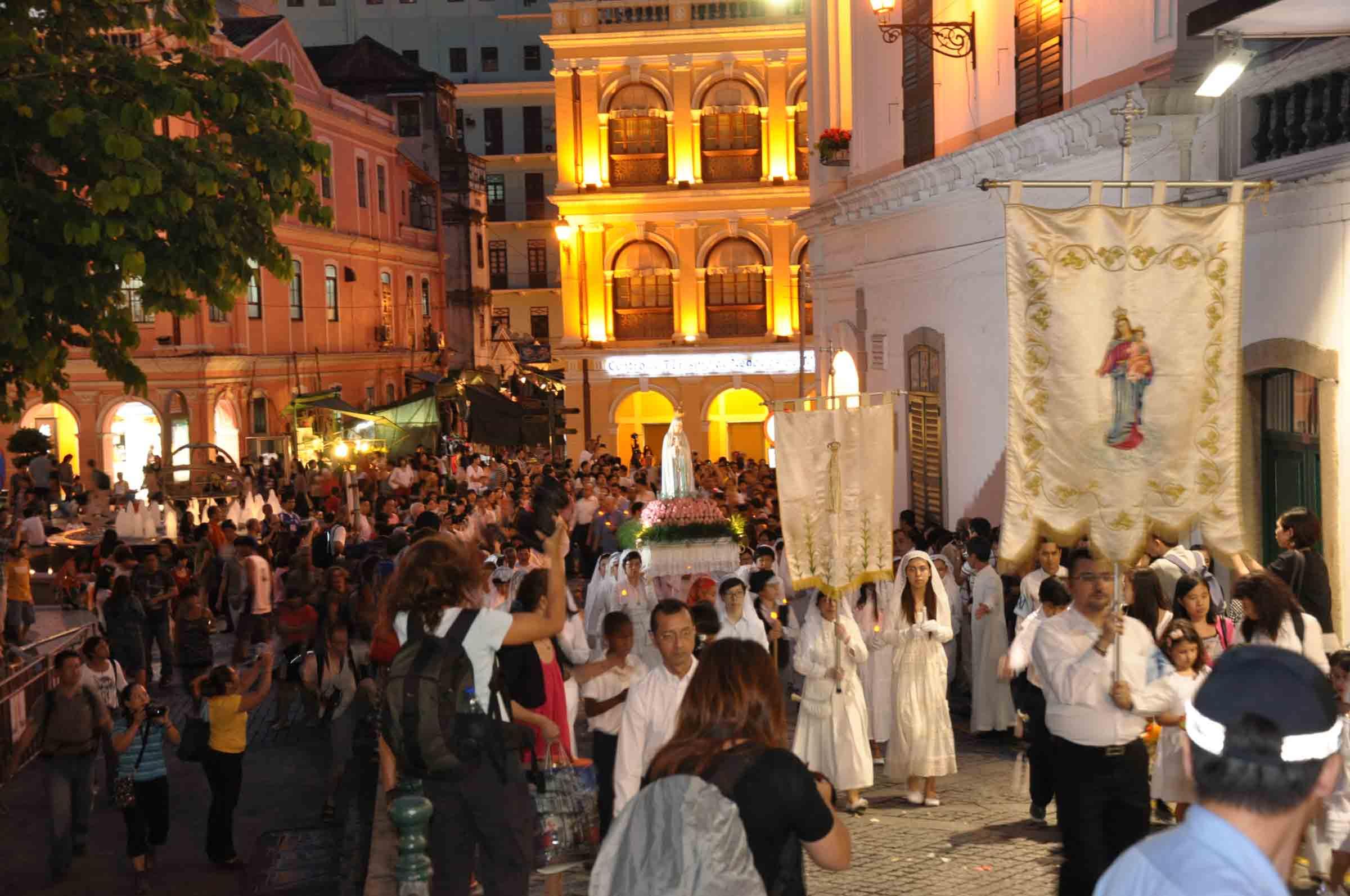 Macau's Our Lady of Fatima Procession leaving Senado Square