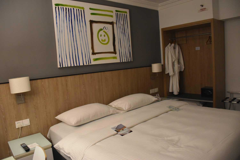 Macau Hotel S bed