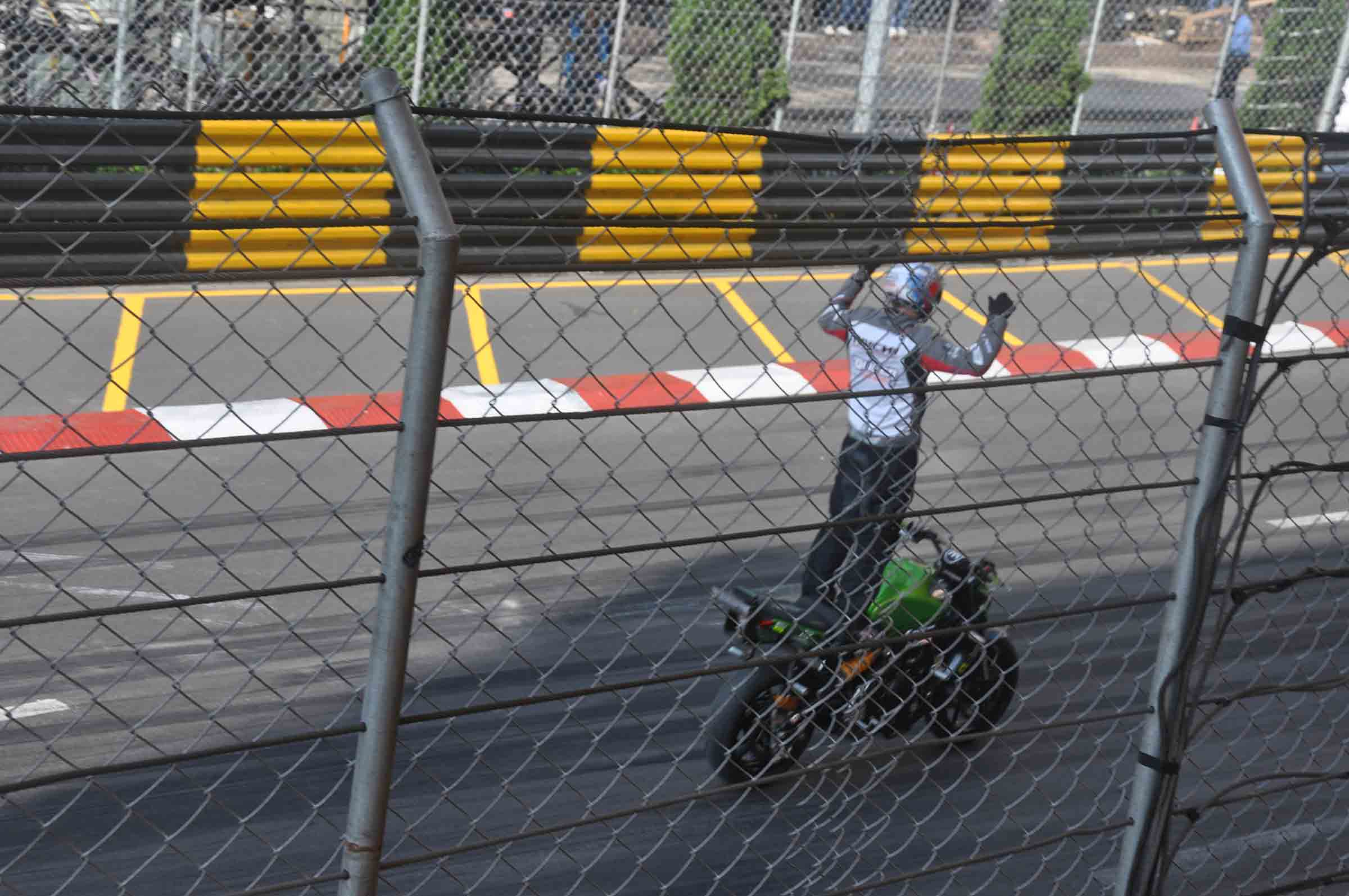 Macau F3 Grand Prix Qualifying Race motorcycle stunts