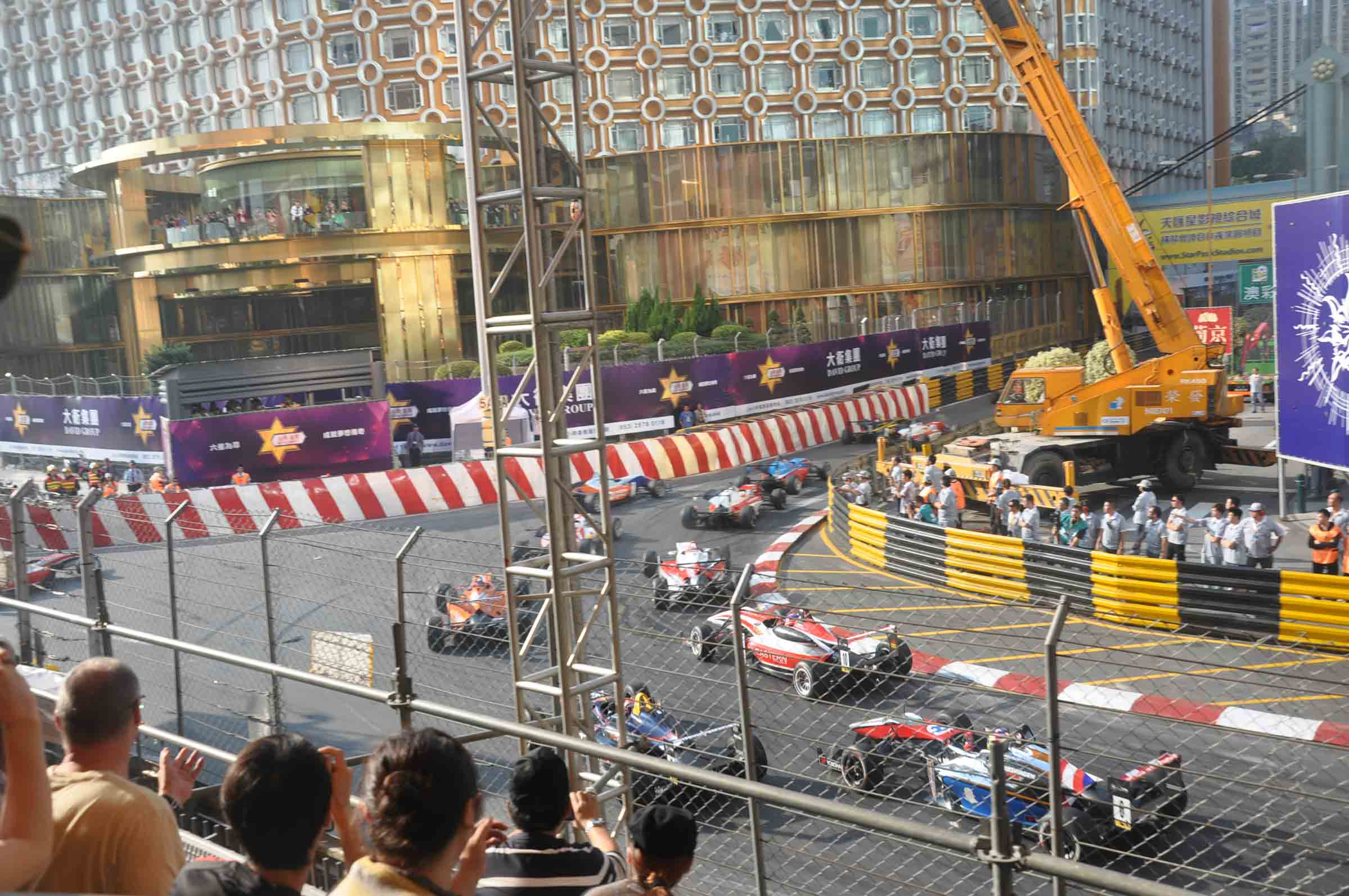 F3 Macau Grand Prix Race sharp Lisboa turn