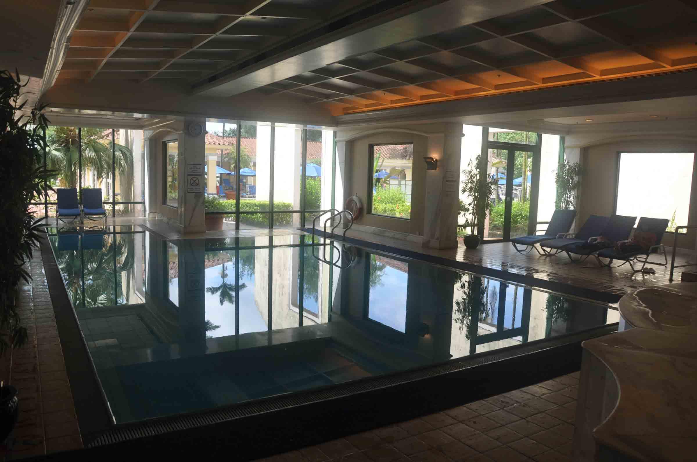 Grand Coloane Resort indoor swimming pool
