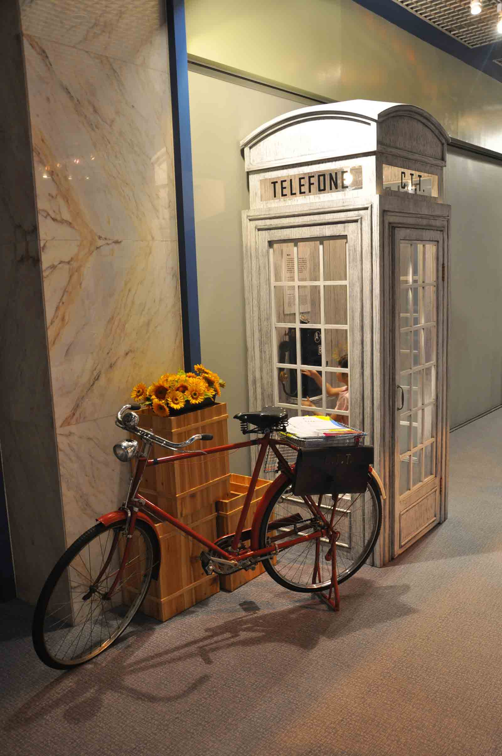 Communications Museum old phone booth