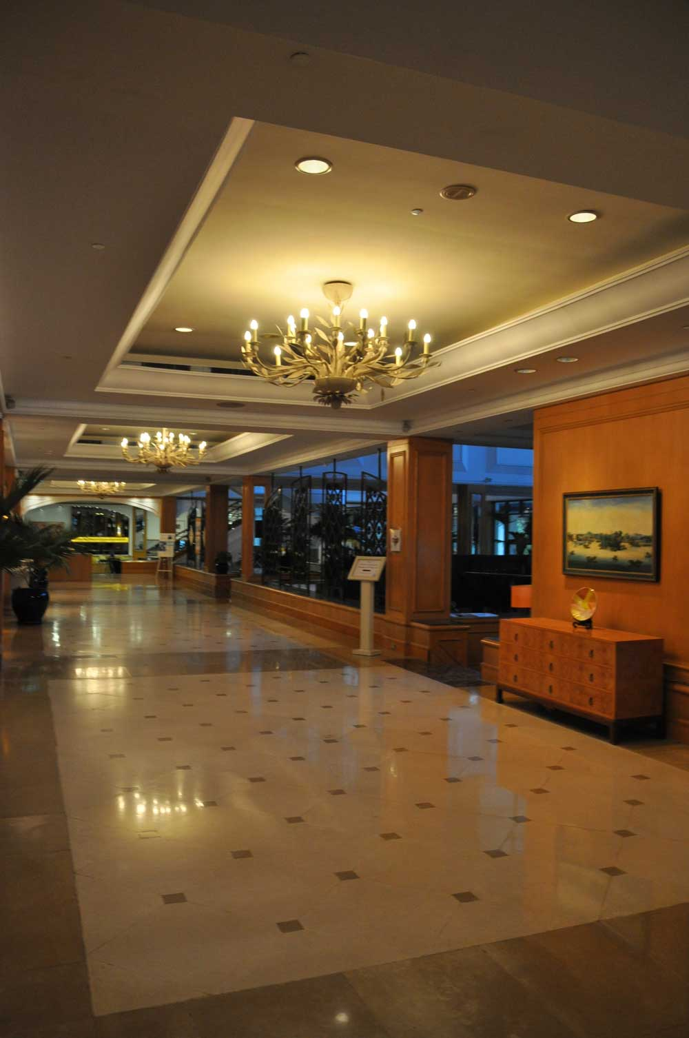 Grand Coloane Resort hallway